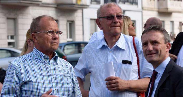 Oberbürgermeister Geisel im Gespräch mit den Bezirksbürgermeistern Thomas und Schumacher